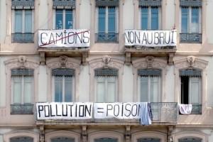 Pollution-a-perrache-C-Tim-Douet_059_image-gauche